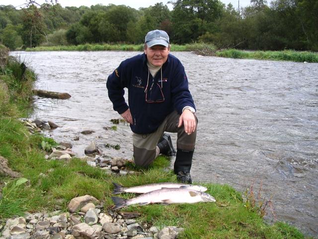 Teifi river guides 2017 autumn salmon fishing for Salmon fishing colorado